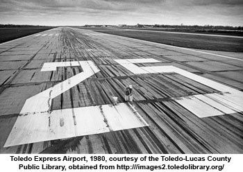 Where to put Toledo Express Airport?