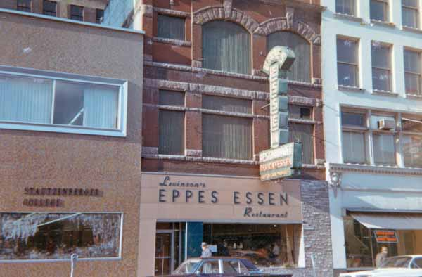 The Eppes Essen, circa 1963, courtesy of the Toledo-Lucas County Public Library, obtained from http://images2.toledolibrary.org/.