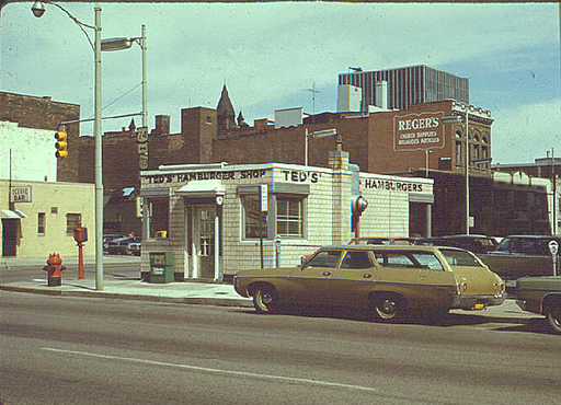 Ted's Hamburger Shop, circa 1970, courtesy of the Toledo-Lucas County Public Library, obtained from http://images2.toledolibrary.org/.